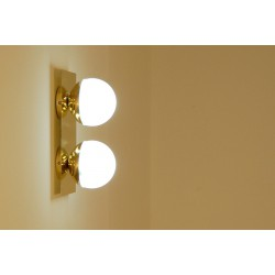 Wall Sconce Double Sphere Art. 1828 - 2 DIFFUSERS Opal Glass - Brass