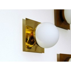 Applique Art. 1716 - DIFFUSER in Opal Glass - Structure in Polished Brass